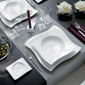 New Wave Dinner and Serving Set